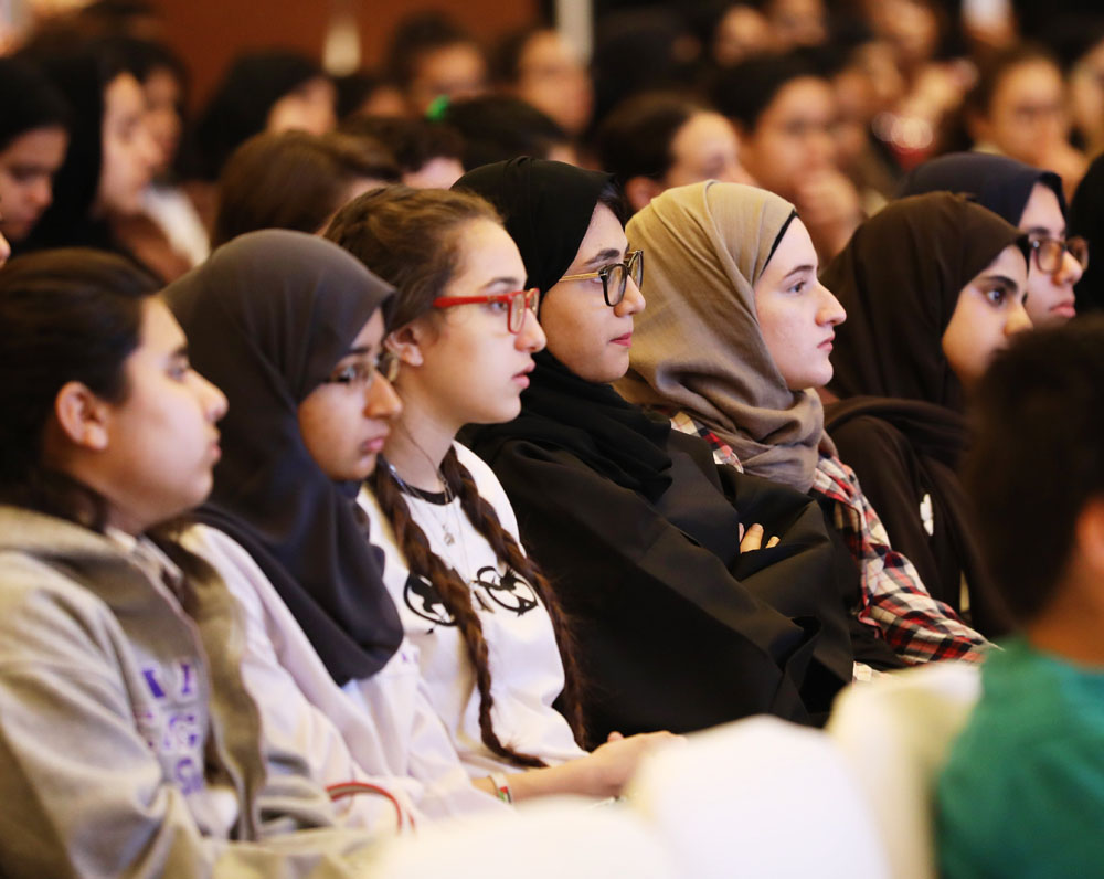 Students-at-Emirates-Airline-Festival-of-Literature-4.jpg