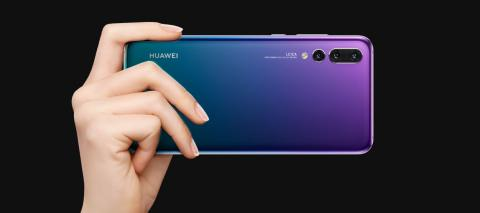 HUAWEI P20 Pro: A Beautiful Gradient Color catching worldwide attention
