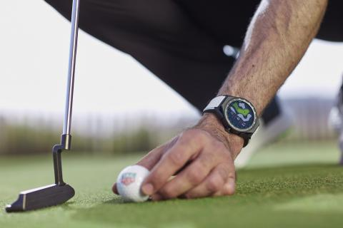 CONNECTED ON AND OFF THE GREEN: TAG HEUER LAUNCHES WATCH AND APP FOR GOLFERS